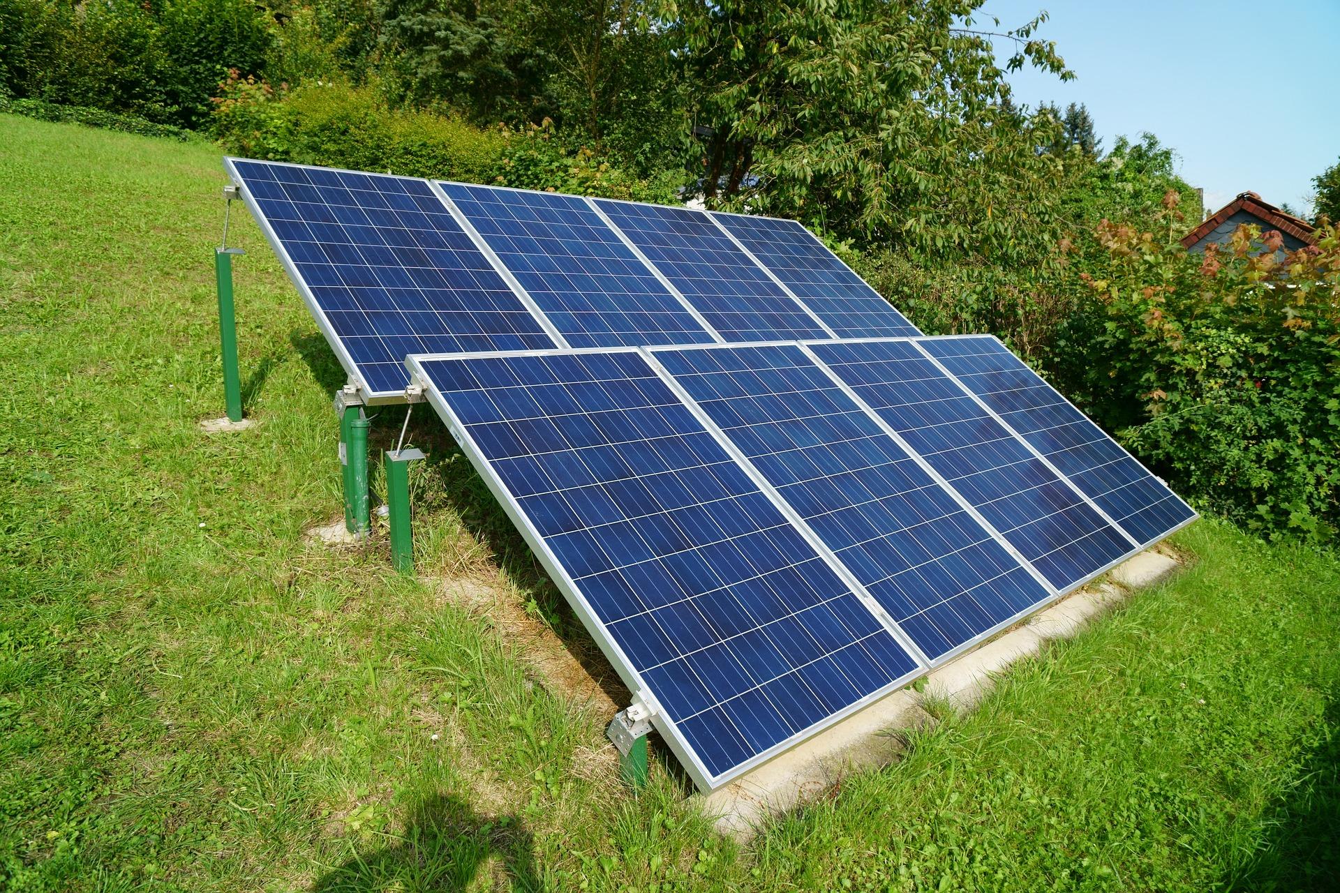 solar-photovoltaic-2666106_1920